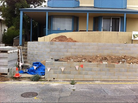 Landscaping adelaide landscapers adelaide professionals for Retaining wall contractors adelaide